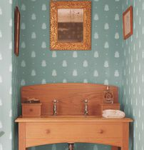 Traditional wallpaper / fabric / patterned