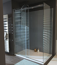 Glass shower cubicle / rectangular / with sliding door