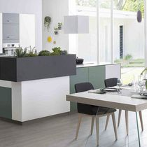 Contemporary kitchen / slate / quartz / U-shaped