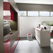 Contemporary kitchen / laminate / high-gloss