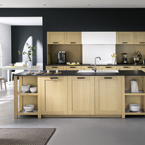 Contemporary kitchen / oak / slate / laminate