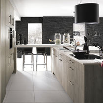 Contemporary kitchen / oak / laminate / U-shaped