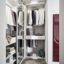 Wall-mounted walk-in wardrobe / contemporary / lacquered wood / with sliding door