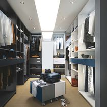 Wall-mounted walk-in wardrobe / contemporary / lacquered wood / with built-in light