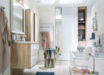 Contemporary bathroom / oak / lacquered