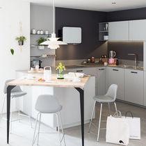 Contemporary kitchen / wood veneer / solid wood / oak