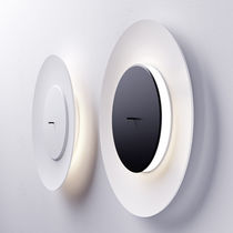 Contemporary wall light / metal / fluorescent / round
