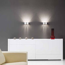 Contemporary wall light / aluminum / halogen / square