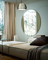 Wall-mounted mirror / contemporary / round