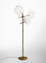 Floor-standing lamp / contemporary / glass / brass