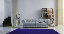 Chesterfield sofa / leather / 2-seater / gray