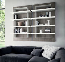 Wall-mounted shelf / contemporary / wooden / metal