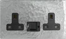 USB socket / power / triple / wall-mounted