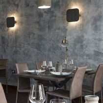 Contemporary wall light / concrete / halogen / square
