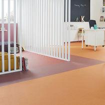 Acoustic flooring / vinyl / commercial / tile