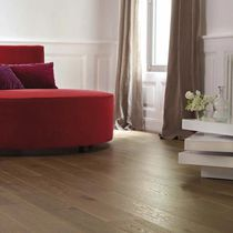 Engineered wood flooring / glued / oak / oiled
