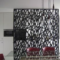 Contemporary screen / metal / commercial / custom
