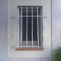 Fixed insect screen / for windows