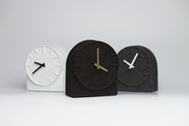 Contemporary clock / analog / desk / felt