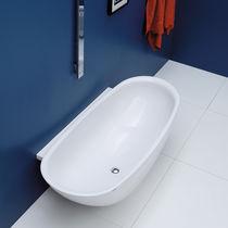Free-standing bathtub / oval / Pietraluce®
