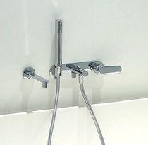 Bathtub mixer tap / built-in / chromed metal / brass