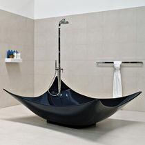 Free-standing bathtub / Pietraluce®