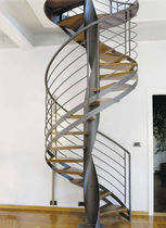 Spiral staircase / metal frame / without risers / contemporary