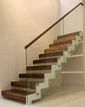 Straight staircase / wooden steps / steel frame / without risers