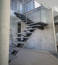 Quarter-turn staircase / stone steps / steel frame / without risers