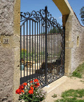 Swing gates / wrought iron / with bars / panel