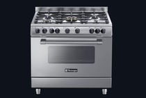 Gas range cooker / electric / cast iron / wok