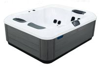 Built-in hot tub / portable / square / 3-seater