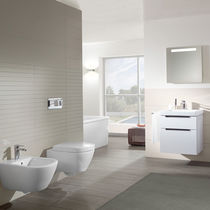 Free-standing toilet / wall-hung / ceramic / rimless