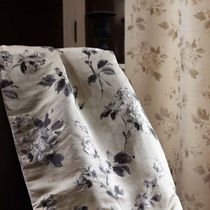 Curtain fabric / upholstery / floral pattern / patterned