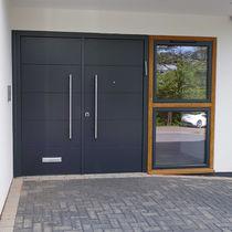 Entry door / swing / wooden / security