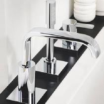 Bathtub mixer tap / chromed metal / bathroom / 3-hole
