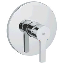 Shower mixer tap / wall-mounted / chromed metal / bathroom