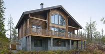 Prefab house / contemporary / solid wood / energy-efficient