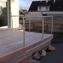 Stainless steel railing / cable / outdoor / for patios