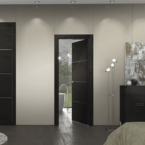 Indoor door / swing / oak / wenge