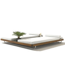 Double sun lounger / contemporary / fabric / teak