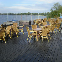 Recycled plastic deck boards / wood look / durable / commercial
