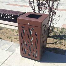 Public trash can / steel
