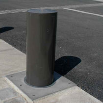 Security bollard / aluminum / stainless steel