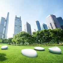 Public bench / organic design / high-performance concrete