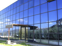 Spandrel curtain wall / glass