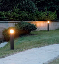 Urban bollard light / contemporary / cast aluminum / polyester