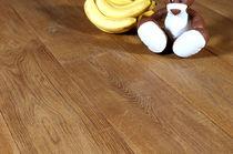 Engineered wood flooring / glued / oak / commercial