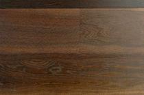 Engineered wood flooring / floating / glued / oak