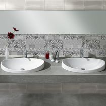 Wall tile / ceramic / patterned / high-gloss